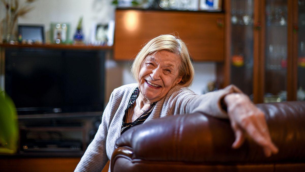 La señora Dolors obligada a dejar su vivienda tras 60 años de vida en el barrio de Sant Antoni