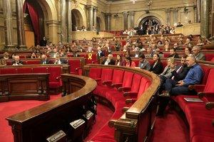 El Parlament exigeix la llibertat dels CDR empresonats per terrorisme