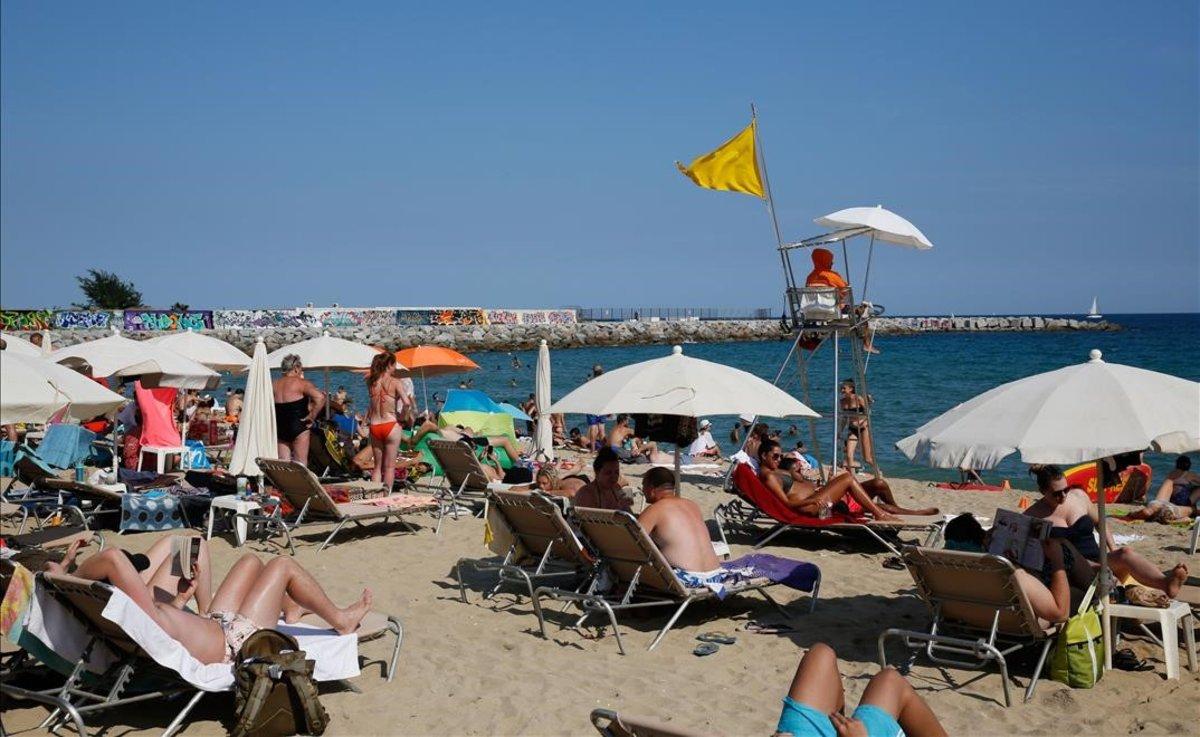 La playa de Llevant, en Barcelona.