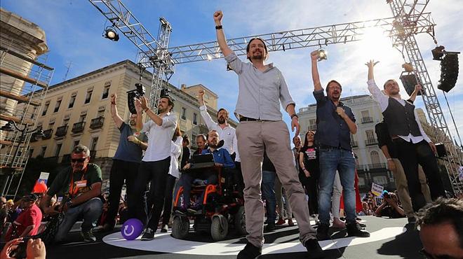 Podemos retirará su moción de censura si el PSOE presenta una propia