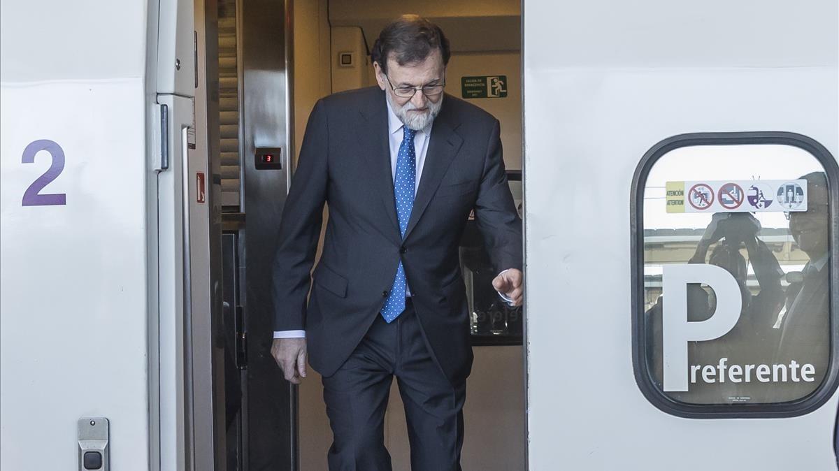 Elpresidente Rajoy a su llegada en AVE a Castellón.