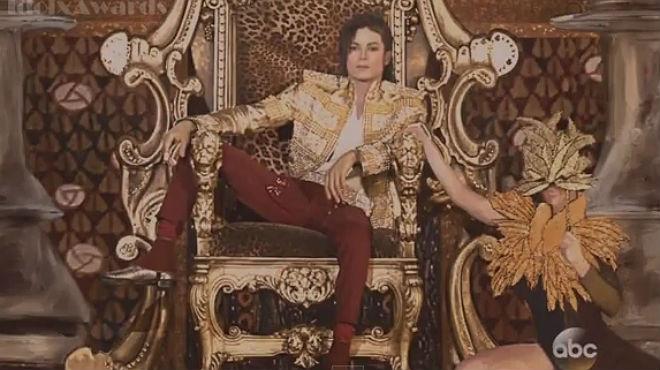 El holograma de Michael Jackson interpretó Slave to the Rhythm en la gala de los Billboard, en Las Vegas.
