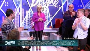 Terelu Campos, ovacionada al entrar en el plató de Sálvame Deluxe, en Tele 5.