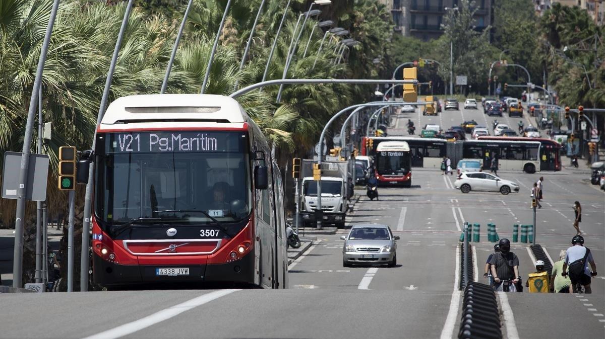 Un conductor de bus explica com es va quedar sense frens a Barcelona