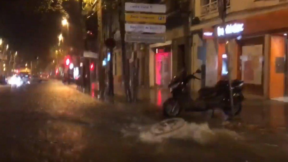 Les pluges deixen baixos inundats i aiguats a la costa catalana