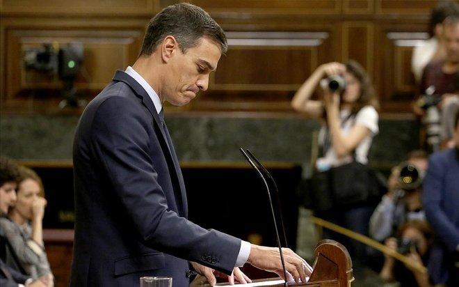 El CIS catapulta al PSOE y castiga a Cs