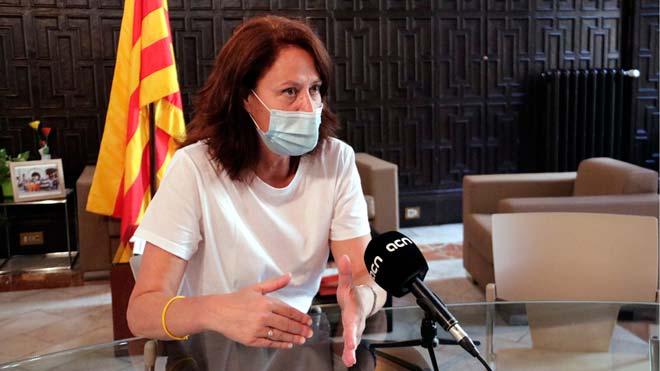 La alcaldesa Marta Madrenas habla sobra la limitación de pisos turísticos en el centro de Girona.