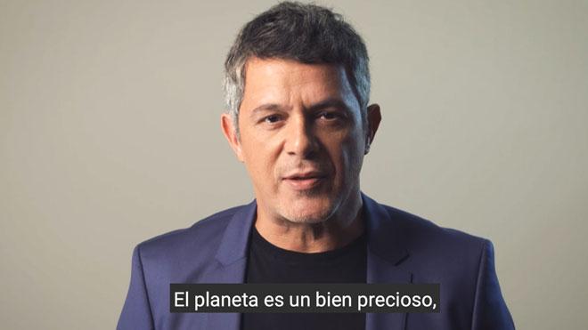 Alejandro Sanz lanza un mensaje para cuidar el planeta coincidiendo con la Cumbre del Clima de Madrid.