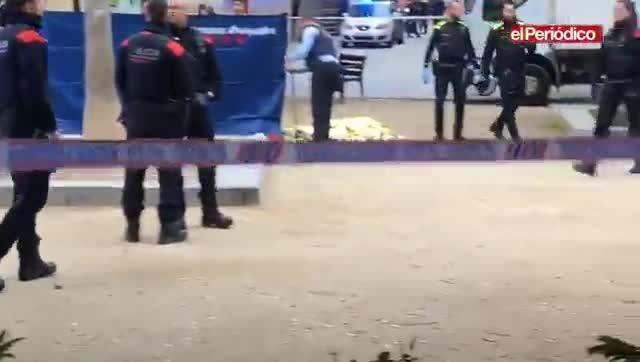 Asesinado un joven en la plaza del Pou de la Figuera, en Ciutat Vella.