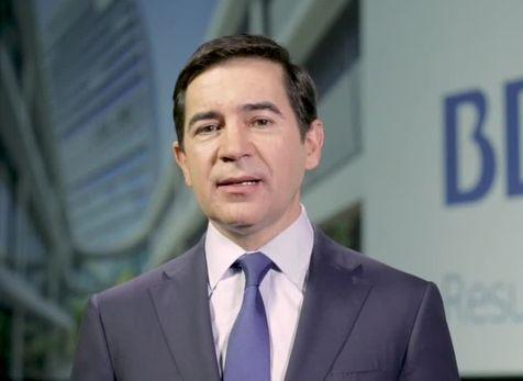 BBVA elige a Carlos Torres Vila como sucesor de Francisco González