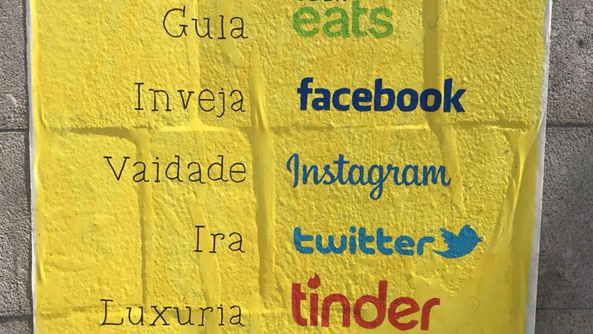 El cartel visto en las calles de Oporto, en Portugal.
