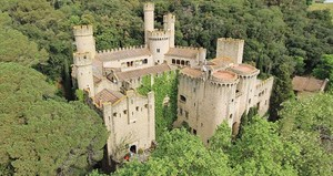 El castillo de Santa Florentina, uno de los escenarios catalanes de la serie.