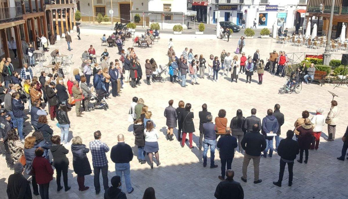 Concentración de protesta contra la violación de una joven en Ciempozuelos.