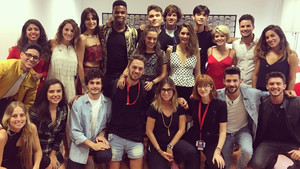 Los aspirantes de OT 2018 junto al equipo de casting.