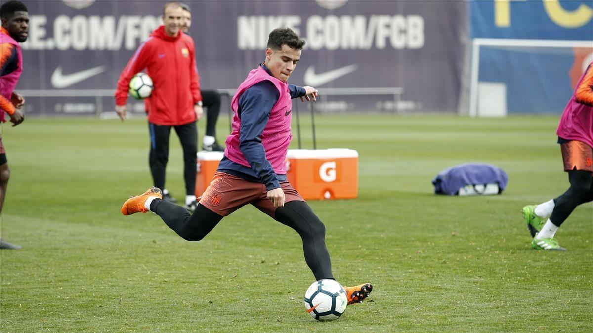 Coutinho, en un entrenamiento del Barcelona en la ciudad deportiva de Sant Joan Despí.