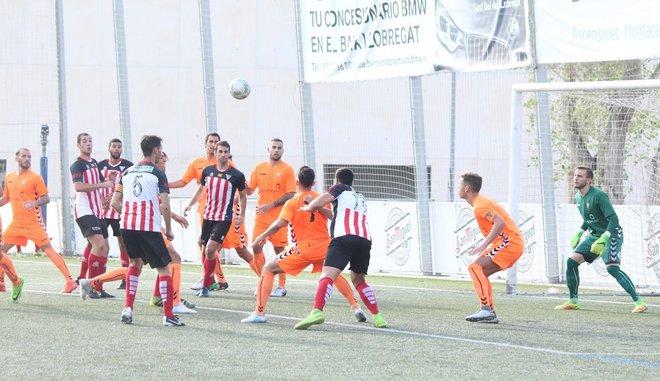 Encuentro entre el Viladecans y el Gavà en la III Copa Baix Llobregat de 2017