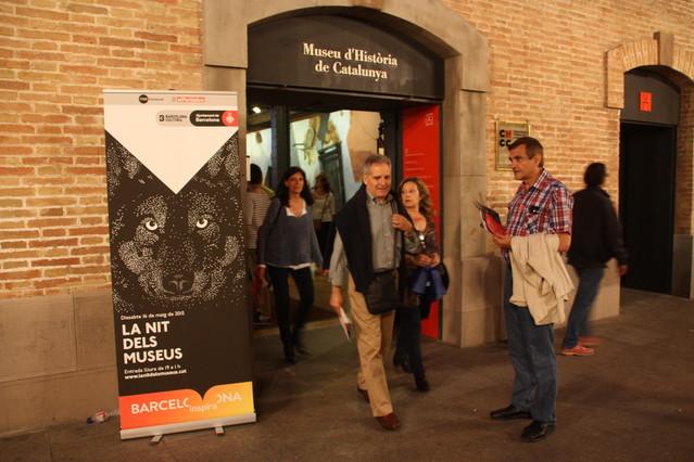 Entrada del Museu dHistòria de Catalunya que ha abierto sus puertas hasta la una de la madrugada.
