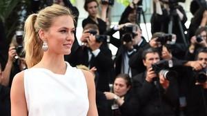 Bar Refaeli posa ante los fotógrafos en el Festival de Cine de Cannes, en mayo de este año.