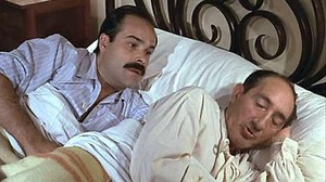 Un hombre en la cama es un hombre en la cama, le dice Luis Ciges a Antonio Resines en uno de los diálogos de la película.