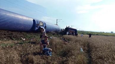 Al menos 24 muertos y más de 120 heridos en accidente de tren en Turquía