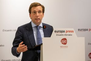 Almeida admite que el Ayuntamiento de Madrid no cumplirá la regla de gasto