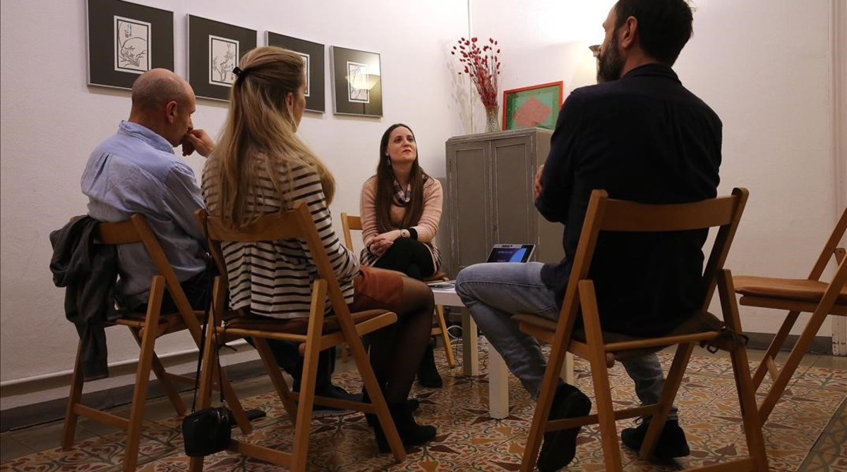 Mireia Muñoz imparte un taller de comunicación de Sex Academy.