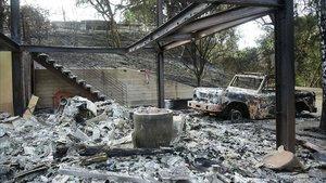 La casa calcinada del actor Gerard Butler en Malibú.