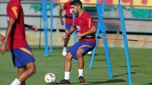 Luis Suárez, en un entrenamiento con el Barcelona.