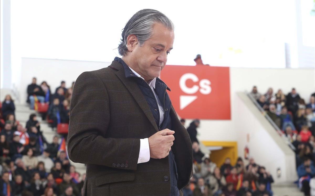 Un momento de la intervención de Marcos de Quinto en el mitin que ha celebrado Ciudadanos este domingo en Las Rozas (Madrid).