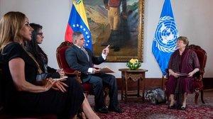 Michel Bachelet, a la derecha, con el fiscal general Tarek William Saab.