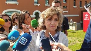 13/08/2019 La ministra de Sanidad en funciones, María Luisa Carcedo, atiende a los medios en la Finba, en Oviedo.