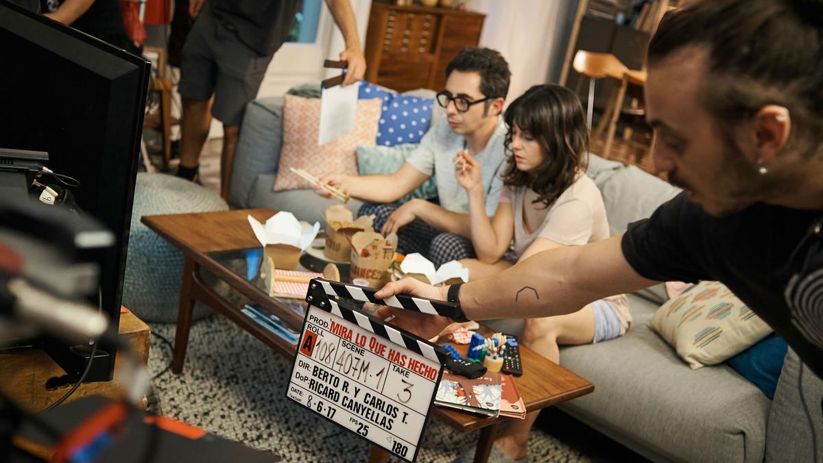 Berto Romero y Eva Ugarte, en el rodaje de Mira lo que has hecho.