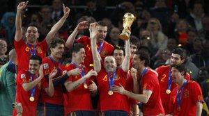 Deu anys de la fita del futbol espanyol