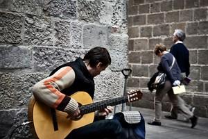 Madrid no examinará más a los músicos callejeros, que podrán tocar en horarios concretos