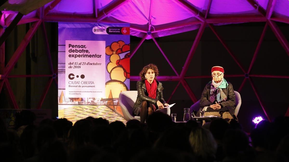 Gayatri Spivak y Marina Garcés debaten sobre educación en la Biennal dePensament.