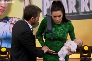 Pilar Rubio asusta a Pablo Motos fingiendo ponerse de parto en directo