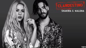 Shakira y Maluma vuelven a unir fuerzas en 'Clandestino'.