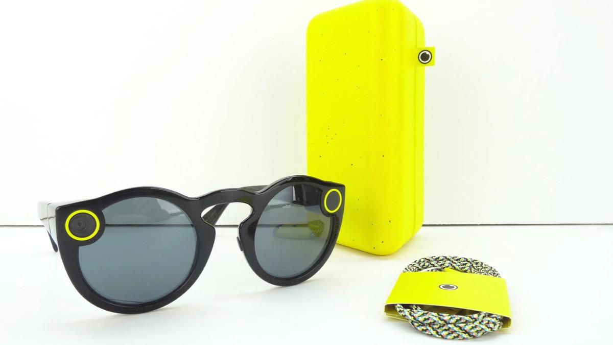 Imagen de las nuevas gafas de Snapchat, ya a la venta, que pueden grabar imágenes en directo.