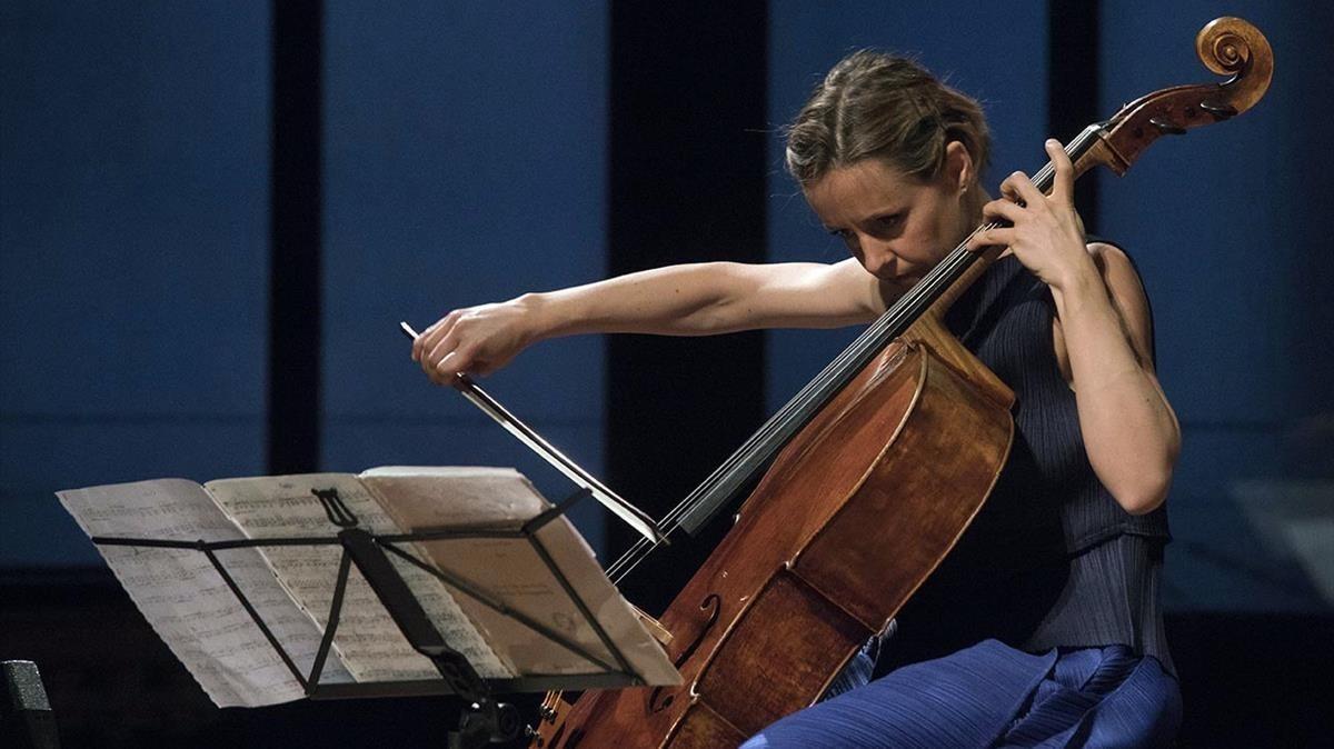 Sol Gabetta, durante su actuación en el Palau de la Música.