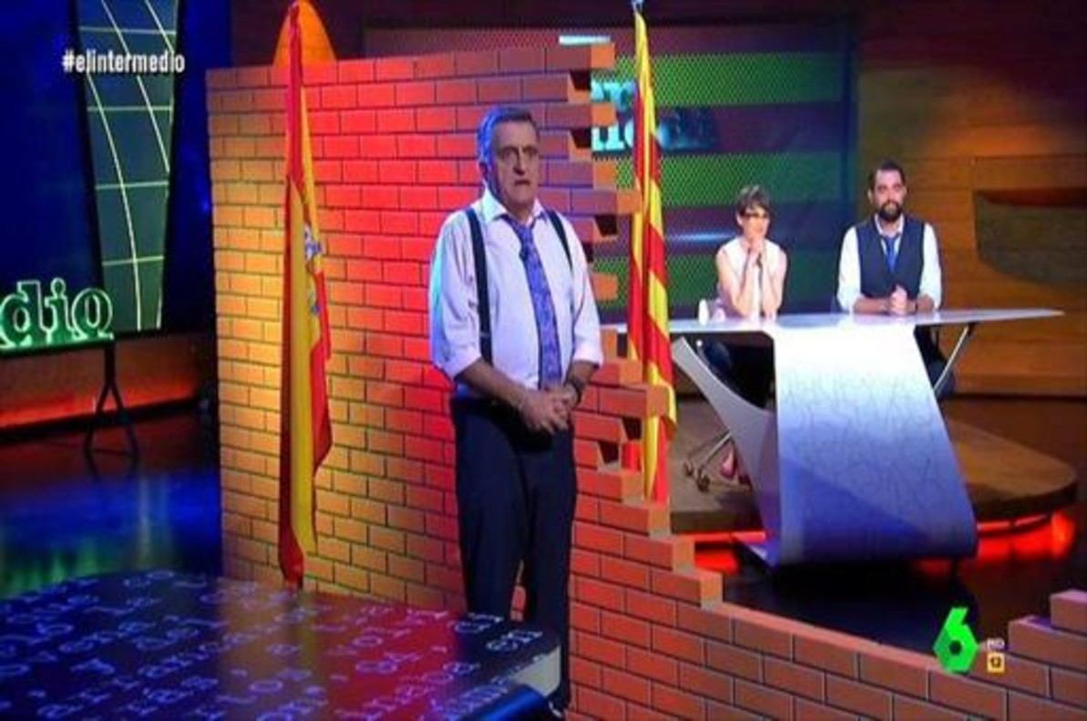 Una pared de cartón dividió el programa de La Sexta El intermedio.