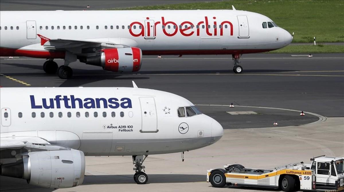 Aviones en el aeropuerto de Dusseldorf, en Alemania.