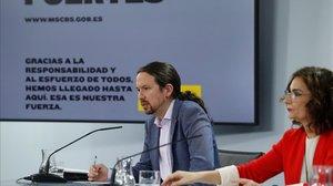 Pablo Iglesias y María Jesús Montero, durante la rueda de prensa de este martes.