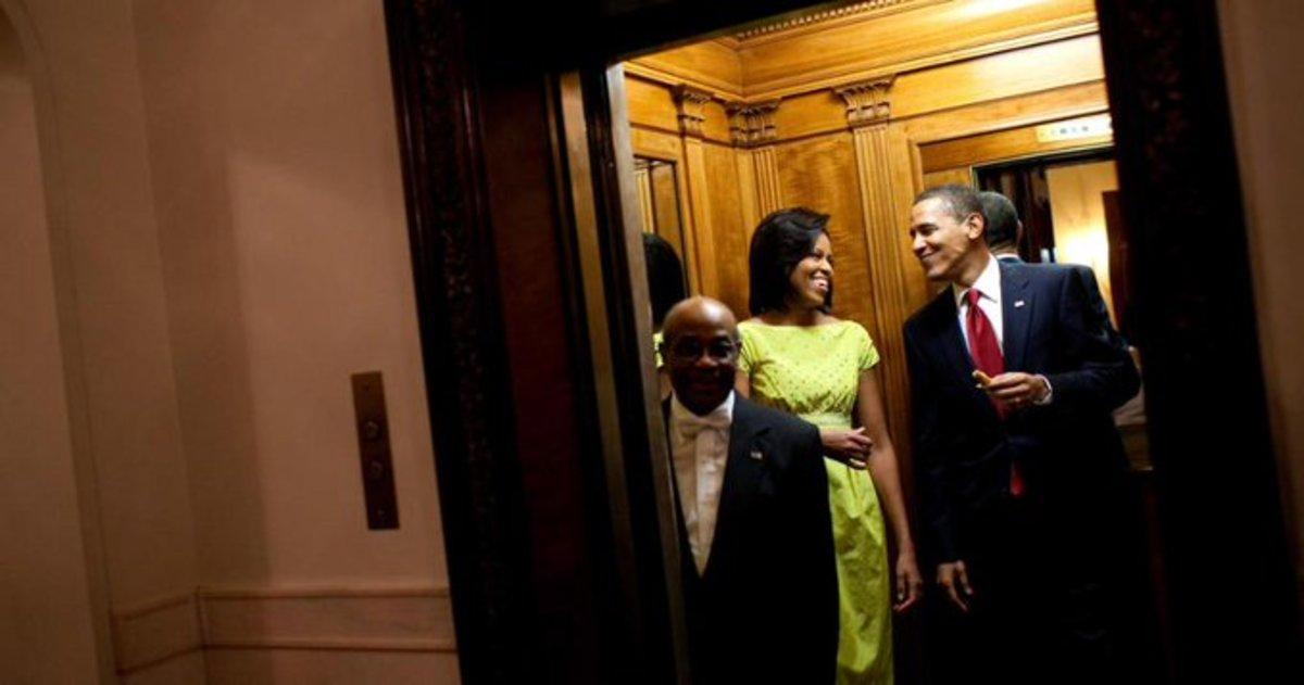 Muere por coronavirus el mayordomo de la Casa Blanca por 11 años