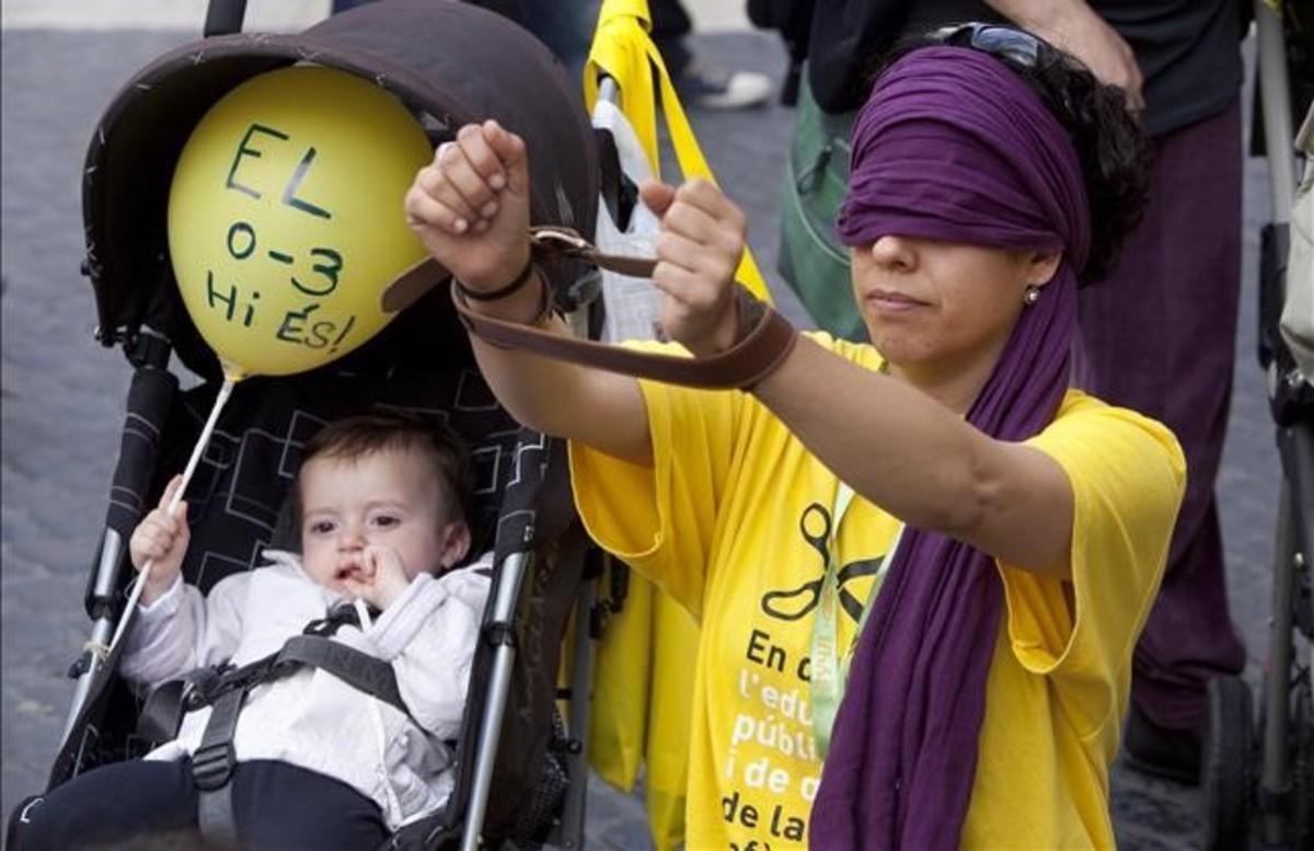 Protesta en Barcelona contra los recortes en guarderías municipales, en el 2012.