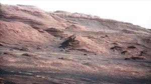 Panorámica del Monte Sharp, captada por el robot Curiosity el 23 de agosto del 2012