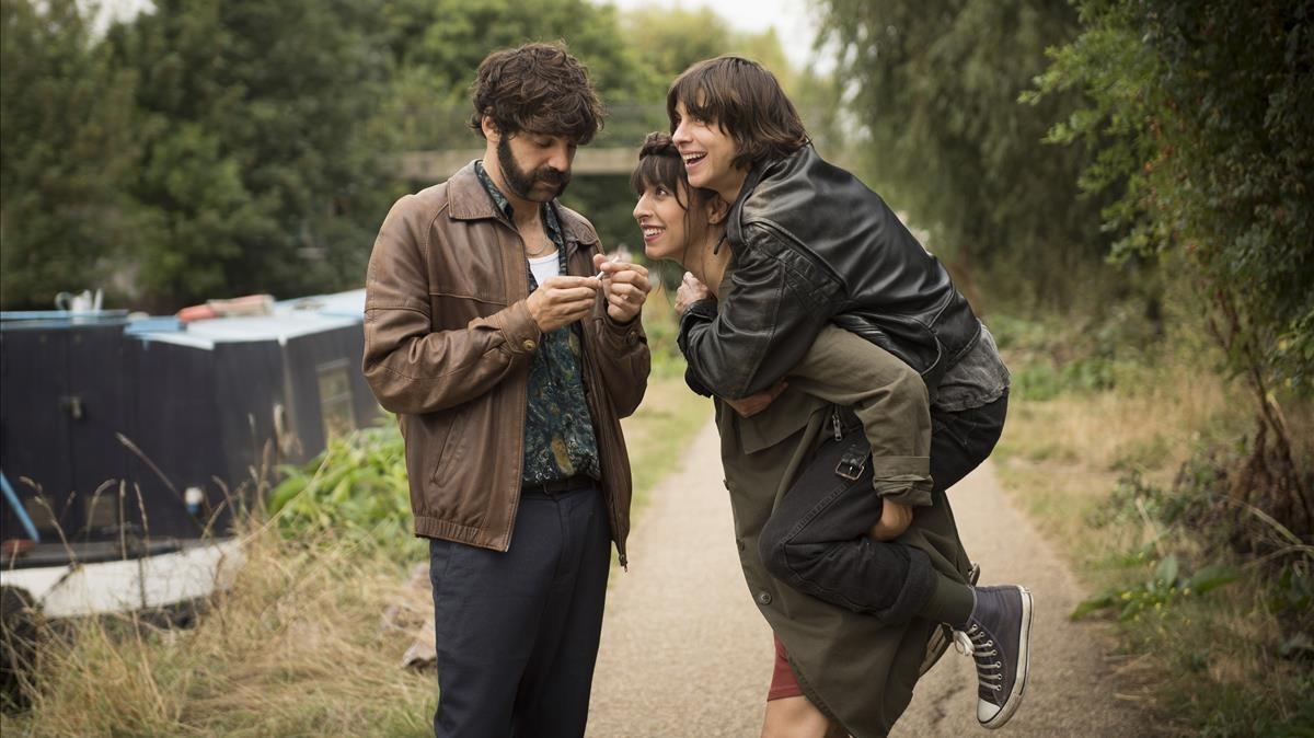 Tierra firme,dirigida per Carlos Marques-Marcet i protagonitzada per Oona Chaplin,Natalia Tena yDavid Verdaguer.