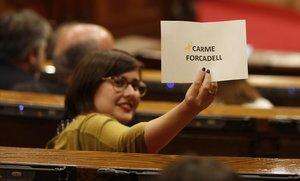 Els independentistes voten Forcadell per al relleu a la Mesa del Parlament