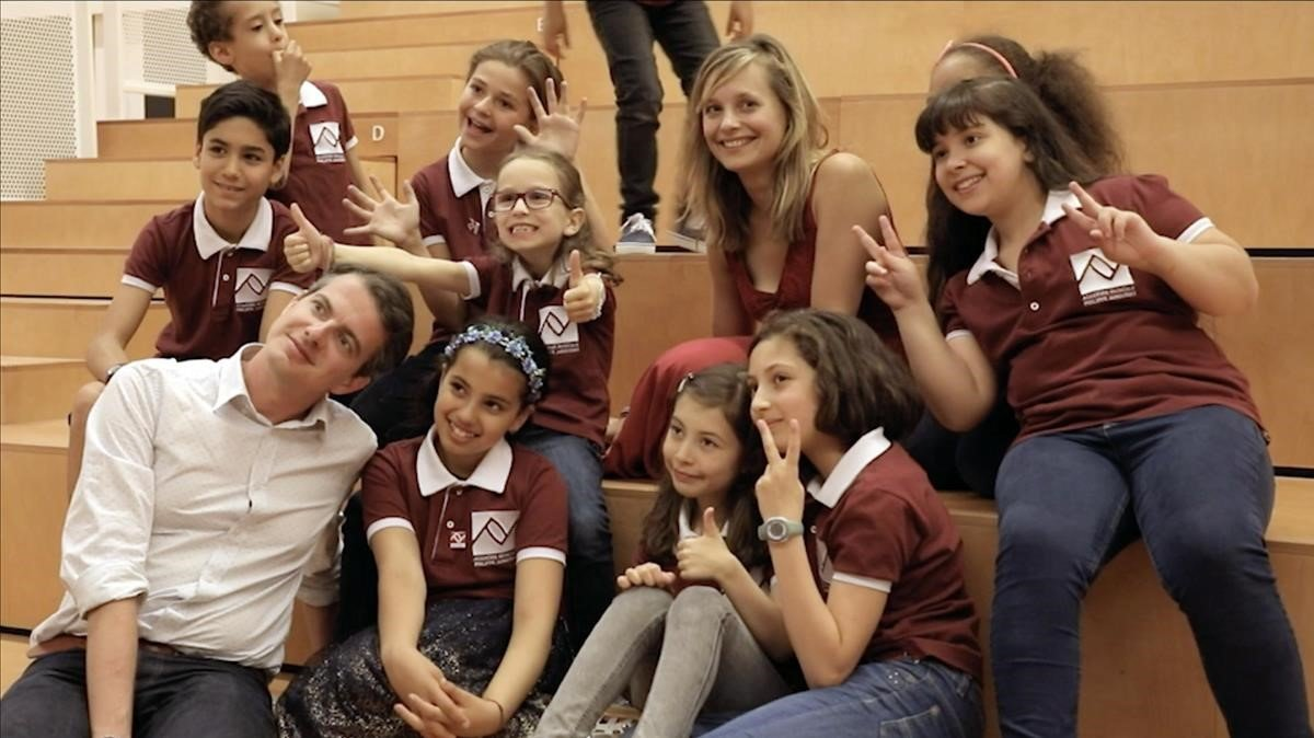 Philippe Jarousky, con algunos de sus pupilos más jóvenes, en la Seine Musicale.