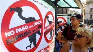 L'FMI reconeix que el deute extern de l'Argentina no és sostenible i recomana un quitament