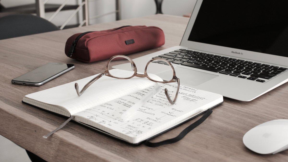 Presencial, online, certificados, específicos para emprendedores o de materias relacionadas con el mundo empresarial; son las distintas características, entre otras, con las que cuentan los cursos que ofrecen estas 6 entidades